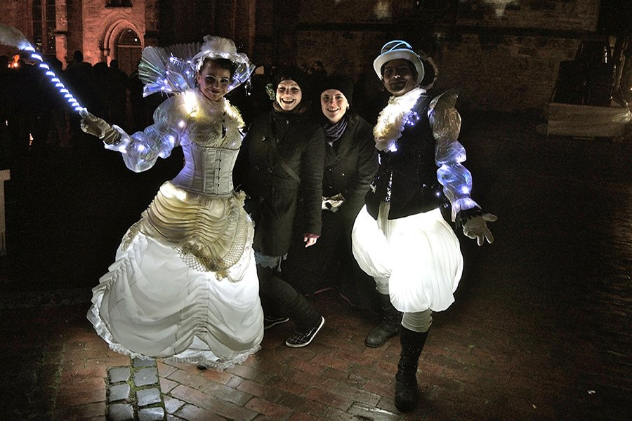 Barock Walk-Act mit LED-Kostüm